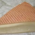Formaggio a crosta rossa