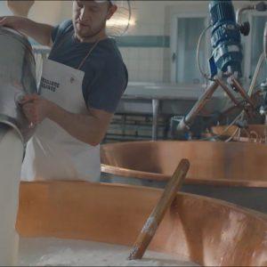 Parmigiano Reggiano rilancia sul mercato italiano